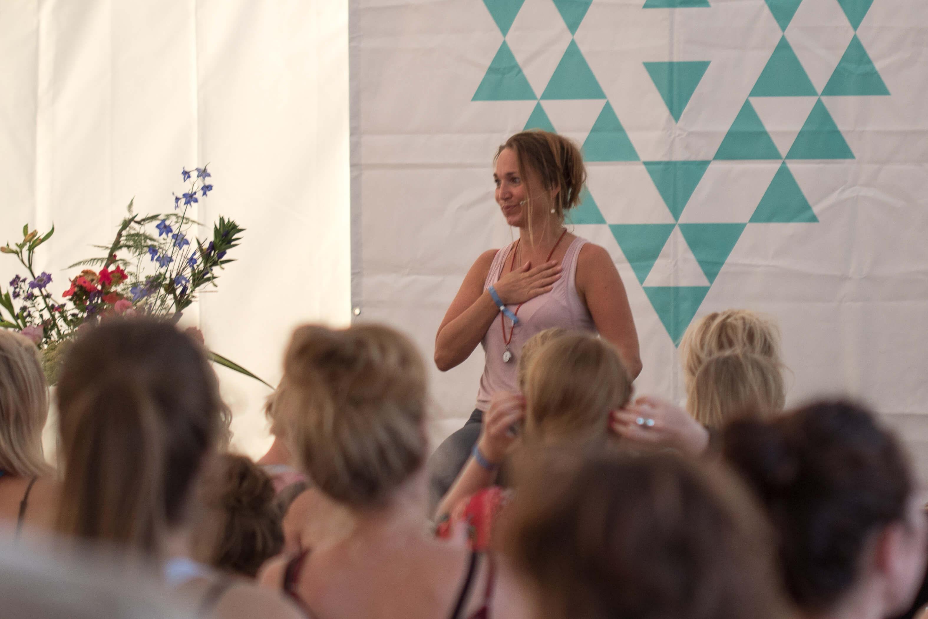 Kristine Roth til Yin Yoga Undervisning