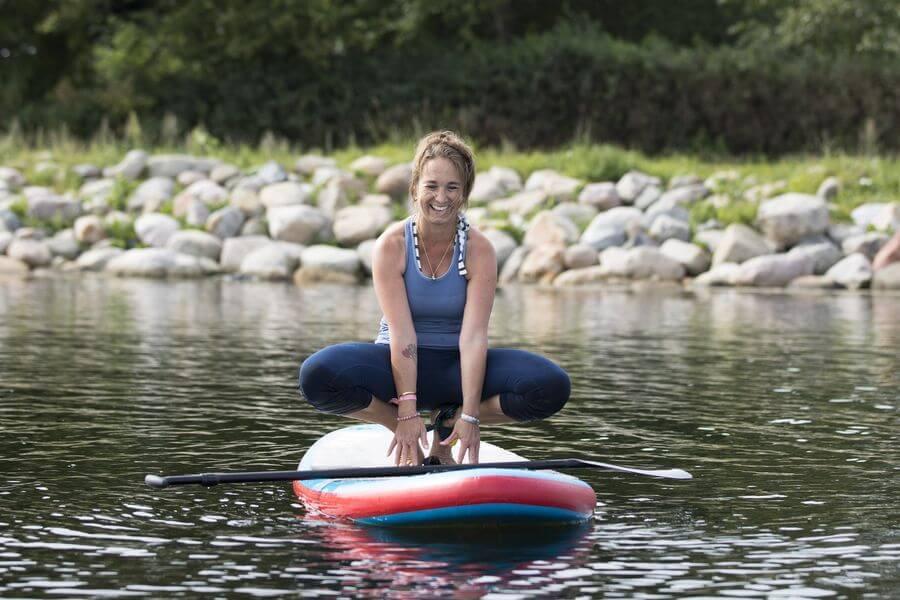 Kristina Rost nyder at dyrke yoga